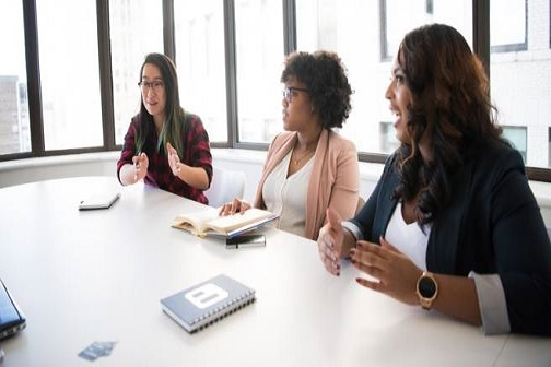어떻게 하면 여성들이 학문적 목표를 더 잘 추구할 수 있을까요? - 학계 여성 5인의 이야기
