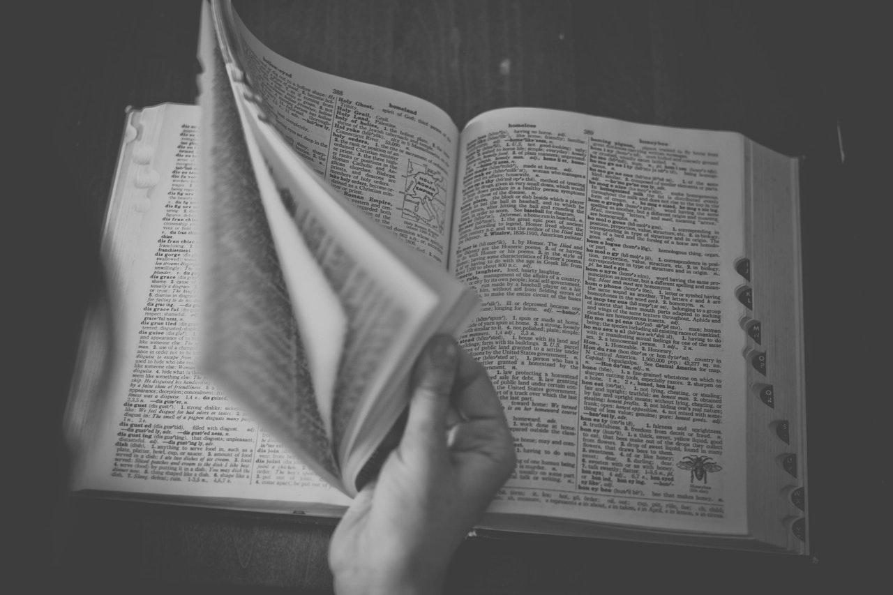 읽기 쉽게(reader-friendly) 논문을 개선할 수 있는 다섯 가지 팁