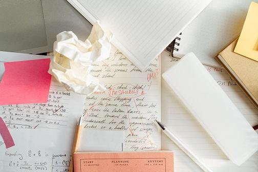 표절 검사 - 당신의 논문에 경고 사인 확인하셨나요?