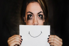 학계의 정신 건강 이슈: 무뎌지라는 요구에 대하여